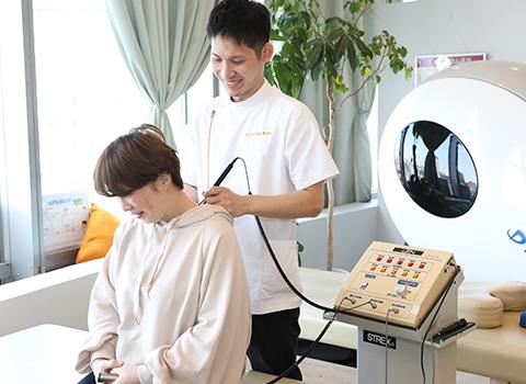 治療機器での施術
